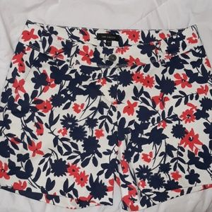 The Limited shorts size 4